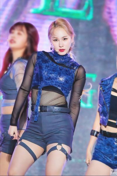 Tags: K-Pop, Everglow, Mia, Denim Shirt, Hair Up, Gray Pants, Ponytail, Bare Legs, Matching Outfit, Red Lips, See Through Clothes, Fansite Request