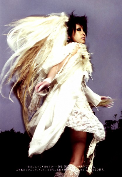 Tags: J-Pop, Mika Nakashima, Looking Back, Outdoors, Boots, Wings, White Dress, Angel Wings, Medium Hair, Running, Pantyhose, White Footwear