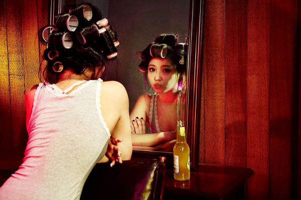 Tags: K-Pop, Miss A, Min, Hand On Arm, Back, Crossed Arms, Reflection, Hair Up, Colors (Album)
