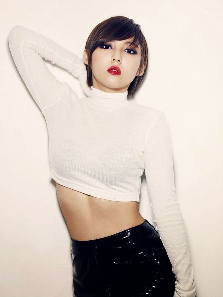 Tags: K-Pop, Miss A, Hush, Min, Midriff, Turtleneck, Suggestive, Black Pants, White Gloves, Hand In Hair, Light Background, Collar (Clothes)