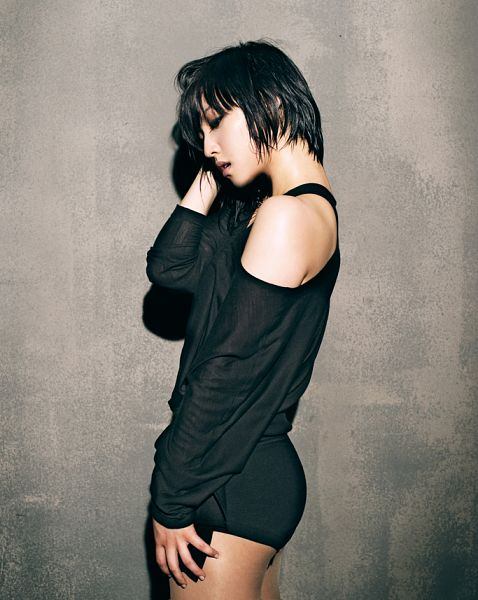 Tags: K-Pop, Miss A, Bad Girl Good Girl, Min, Sexy Pose, Bare Legs, Suggestive, Hand On Leg, Hand In Hair, Bare Back, Gray Background, Side View