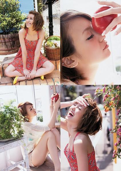 Tags: Gravure Idol, Minami Akina, Apple, High Heels, Nail Polish, Fruits, Make Up, Android/iPhone Wallpaper