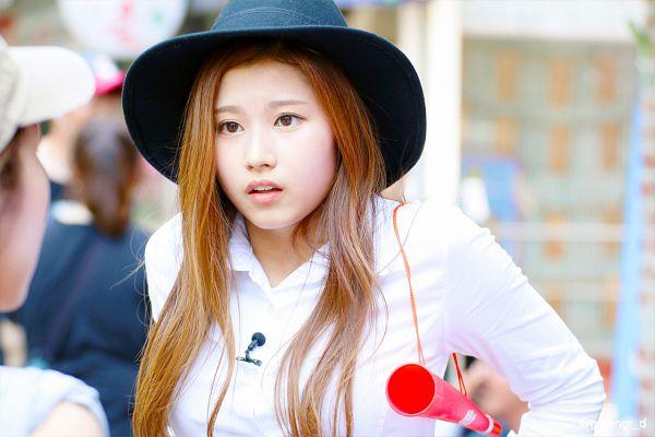 Tags: K-Pop, Sixteen, Twice, Minatozaki Sana, Outdoors, Black Headwear, Megaphone, Hat, Fansite Request, Predebut