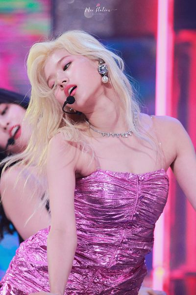 Tags: K-Pop, Twice, Fancy, Minatozaki Sana, Hirai Momo, Cleavage, Singing, Necklace, Looking Down, Pink Dress, Pink Outfit, Suggestive