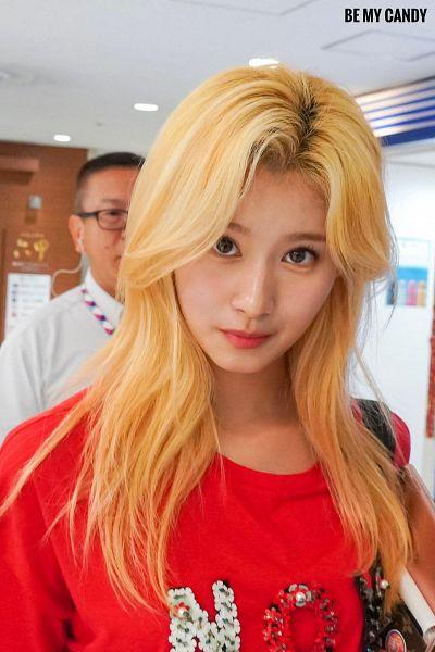 Tags: K-Pop, Twice, Minatozaki Sana, Red Shirt