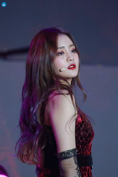 Tags: K-Pop, (G)-I-DLE, Minnie, Glove, Looking Ahead, Red Outfit, Belt, Red Lips, Gray Eyes, Make Up, Bare Shoulders, Red Dress