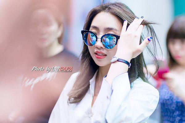 Tags: K-Pop, 2NE1, Minzy