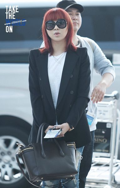 Tags: K-Pop, 2NE1, Minzy, Android/iPhone Wallpaper