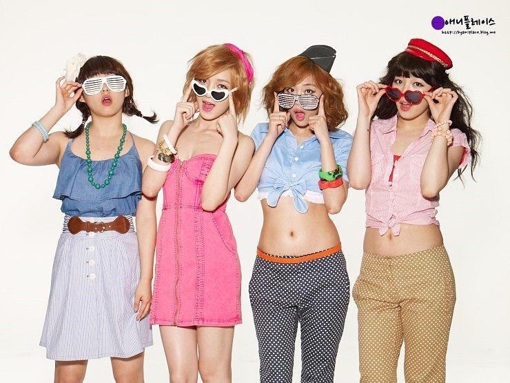 Tags: K-Pop, Miss A, Wang Feifei, Meng Jia, Min, Bae Suzy, Full Group, Four Girls, Skirt, Make Up, Navel, Necklace