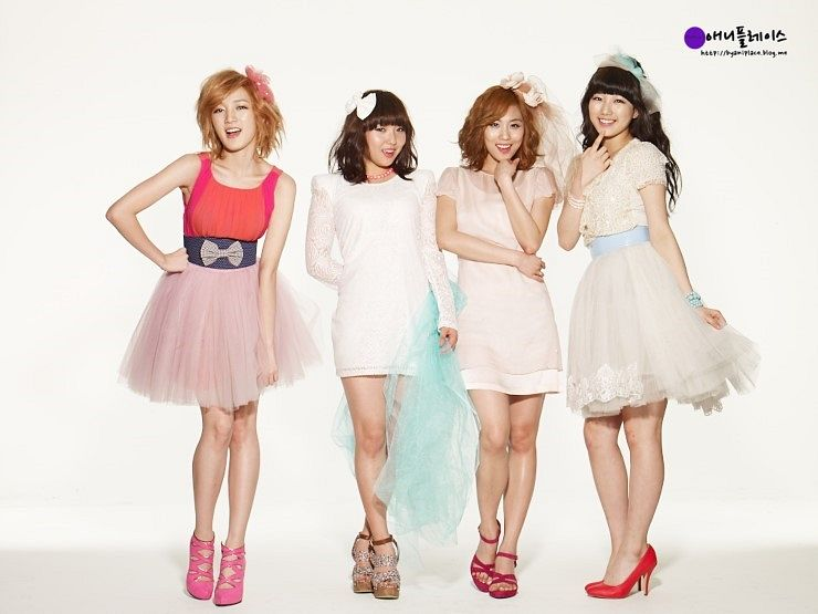 Tags: K-Pop, Miss A, Min, Wang Feifei, Bae Suzy, Meng Jia, Four Girls, Light Background, White Background, Full Group, Quartet, Make Up