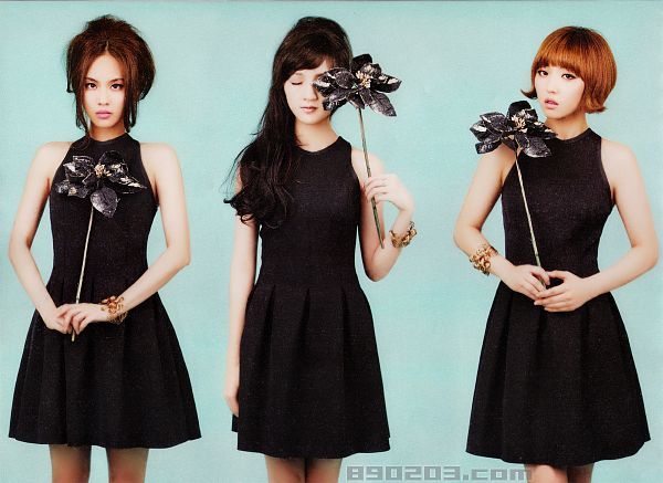 Tags: K-Pop, Miss A, Meng Jia, Min, Wang Feifei, Three Girls, Trio, W Korea, Magazine Scan, Scan