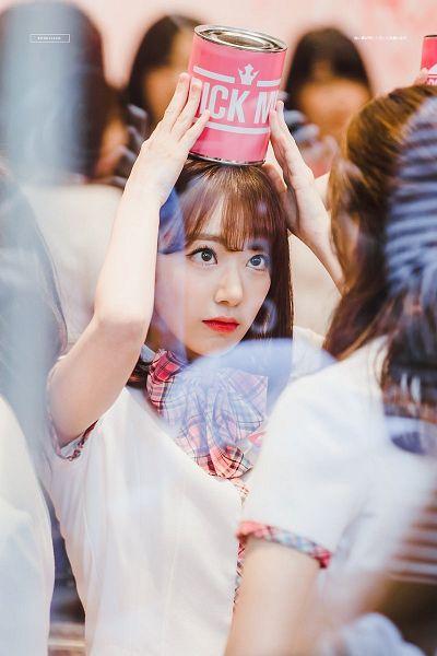 Tags: J-Pop, Television Show, HKT48, IZ*ONE, Miyawaki Sakura, Bow, Arms Up, Checkered Neckwear, Pink Bow, Checkered Bow, School Uniform, Pink Neckwear