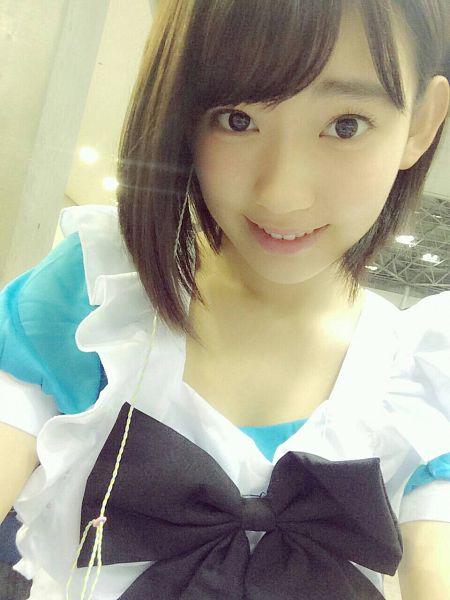 Tags: J-Pop, IZ*ONE, HKT48, Miyawaki Sakura, Blue Dress, Medium Hair, Blue Outfit, Bangs, Bow, Black Bow, Black Eyes