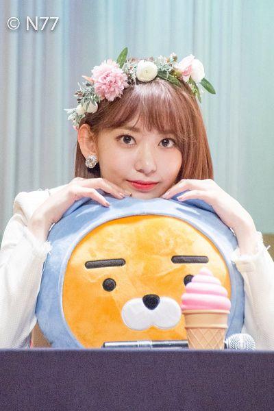 Tags: J-Pop, HKT48, IZ*ONE, Miyawaki Sakura, Toy, Light Background, White Background, Stuffed Toy, Flower Crown, Medium Hair, Hair Ornament, Crown