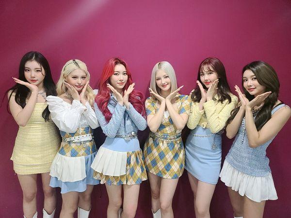 Tags: K-Pop, Momoland, Kim Nayun, Lee Ahin, Lee Hyebin, JooE, Jane (Momoland), Nancy