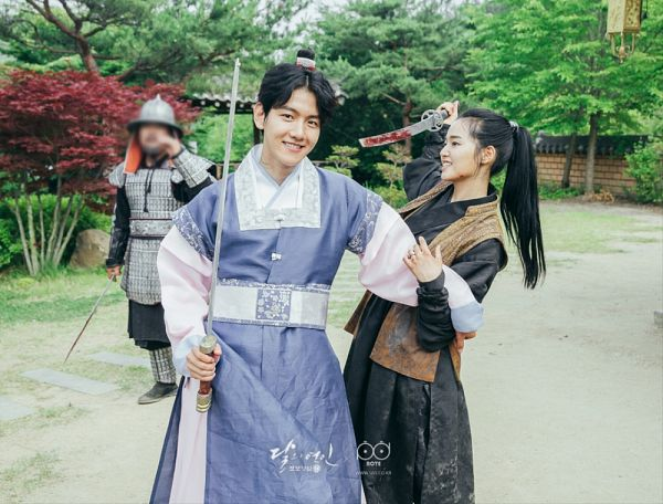 Tags: K-Pop, K-Drama, EXO, Byun Baekhyun, Z.Hera, Ponytail, Plant, Single Bun, Duo, Weapons, Traditional Clothes, Hair Buns