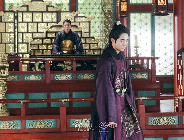 Tags: K-Drama, Lee Jun-ki, Nam Joo-hyuk, Black Outfit, Duo, Belt, Throne, Traditional Clothes, Chair, Korean Clothes, Lamp, Two Males