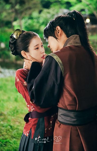 Tags: K-Pop, K-Drama, IU, Lee Jun-ki, Red Shirt, Almost Kiss, Ponytail, Night, Duo, Traditional Clothes, Hair Up, Couple