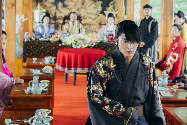 Tags: K-Drama, Park Ji-young, Kim San-ho, Lee Jun-ki, Jo Min-ki, Kim Sung-kyun, Jung Kyung-soon, Peek-a-boo Bang, Traditional Clothes, Looking At Another, Beard, Korean Clothes