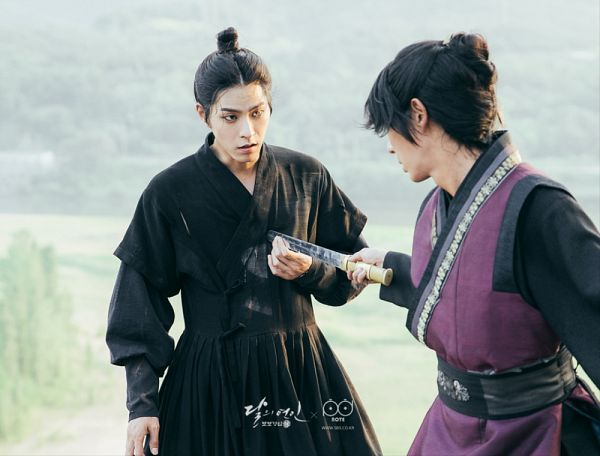 Tags: K-Drama, Lee Jun-ki, Hong Jong-hyun, Two Males, Weapons, Duo, Traditional Clothes, Sword, Korean Clothes, Black Outfit, Moon Lovers: Scarlet Heart Ryeo
