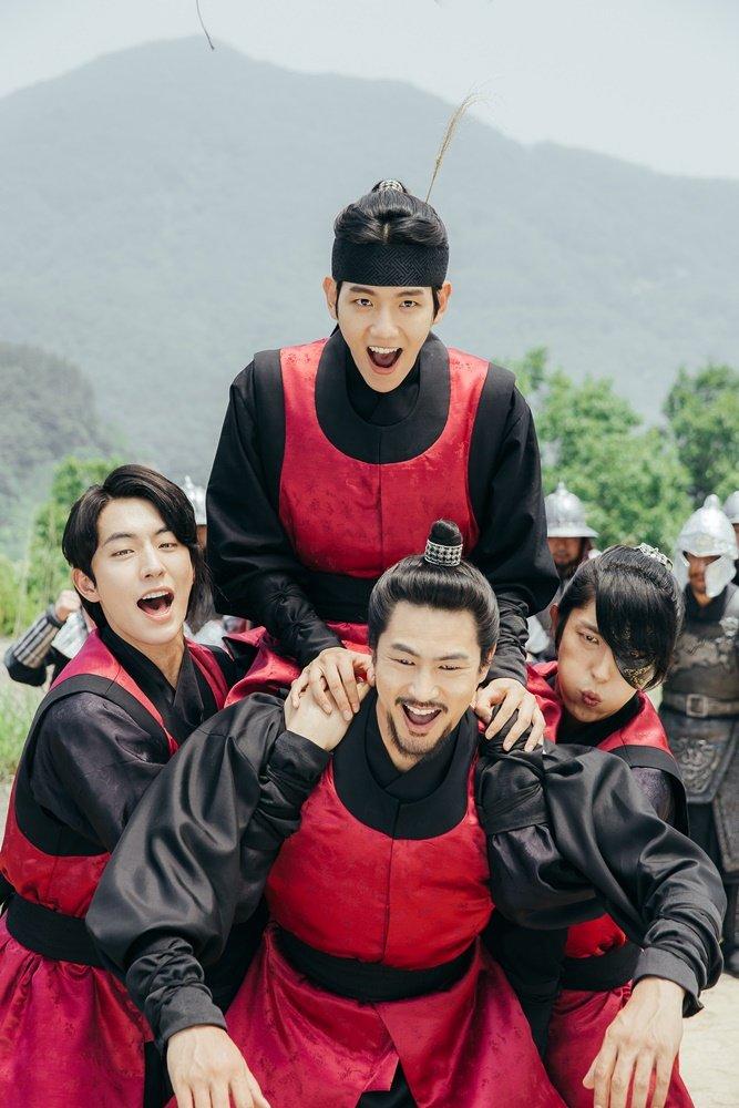 Tags: K-Drama, K-Pop, EXO, Lee Jun-ki, Nam Joo-hyuk, Byun Baekhyun, Kim San-ho, Korean Clothes, Headdress, Four Males, Quartet, Beard