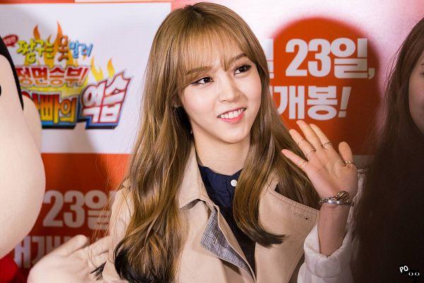 Tags: K-Pop, Mamamoo, Moonbyul, Wallpaper
