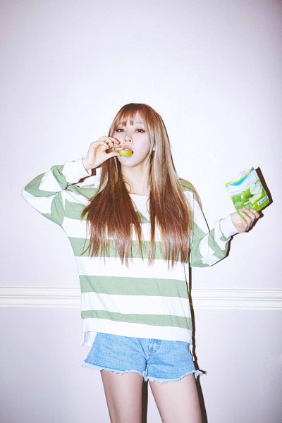 Tags: K-Pop, Mamamoo, Moonbyul, Android/iPhone Wallpaper