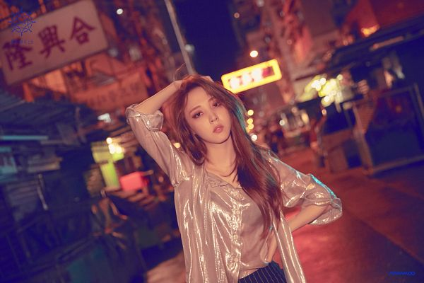 Tags: K-Pop, Mamamoo, Moonbyul, Text: Artist Name, Outdoors, Silver Shirt, Black Pants, Striped, Hand In Hair, Night, Hand On Hip, Striped Pants
