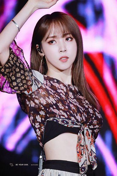 Tags: K-Pop, Mamamoo, Moonbyul