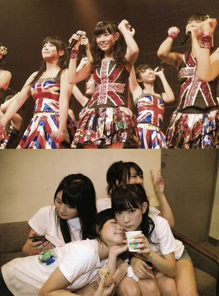Tags: J-Pop, AKB48, NMB48, Watanabe Miyuki, Ponytail, Short Sleeves, Bare Shoulders, Quartet, Holding Close, Sitting On Couch, Phone, Four Girls