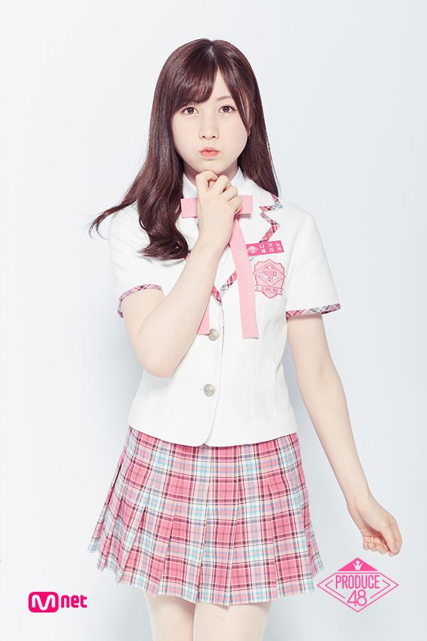 Tags: Television Show, J-Pop, AKB48, Nagano Serika, Pink Skirt, Checkered, Light Background, White Jacket, Short Sleeves, White Background, Korean Text, Text: Series Name