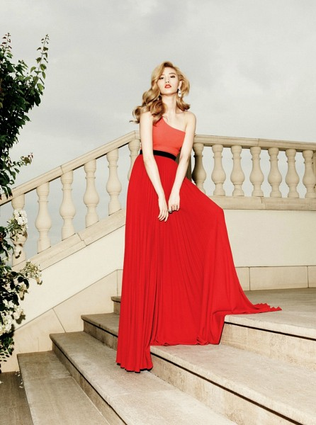 Tags: After School, Nana, Fence, Wavy Hair, Red Outfit, Red Dress, Stairs, Blonde Hair