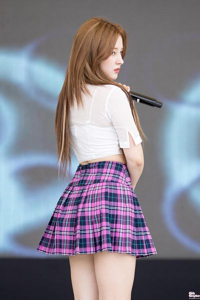 Tags: K-Pop, Momoland, Nancy, Checkered, Checkered Skirt, Midriff, Bare Legs, Looking Away, Back, Microphone, Pink Skirt, Skirt