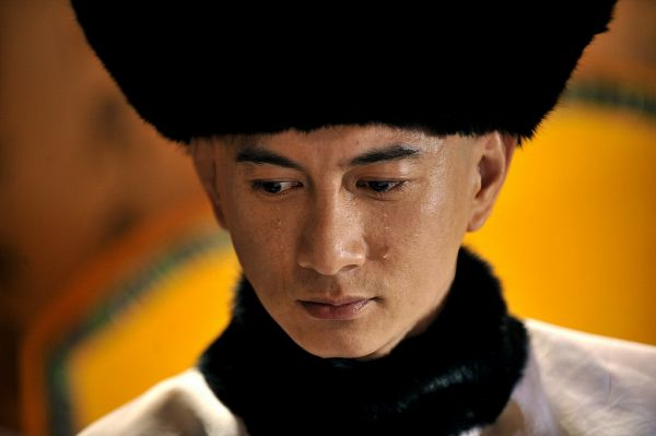 Tags: C-Drama, Nicky Wu, Crying, Hat, Looking Ahead, Chinese Clothes, Looking Down, Traditional Clothes, Scarlet Heart