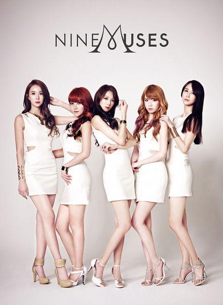Tags: K-Pop, Nine Muses, Park Minha, Pyo Hyemi, Leesem, Ryu Sera, Quintet, Group, Text: Artist Name, Red Hair, Five Girls