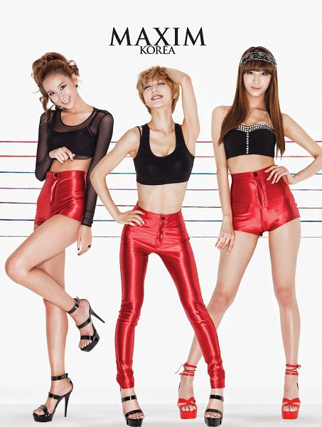 Tags: K-Pop, Nine Muses, Park Eunji, Park Minha, Euaerin, Trio, Red Shorts, Three Girls, Red Pants, Android/iPhone Wallpaper