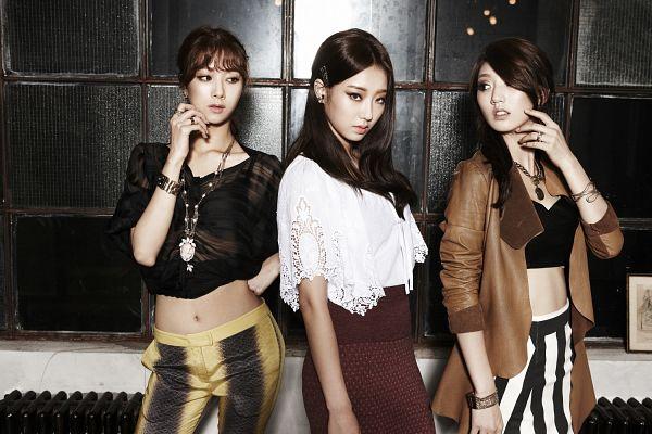 Tags: K-Pop, Nine Muses, Park Eunji, Gyeongree, Park Minha, Serious, Three Girls, Trio, Wallpaper