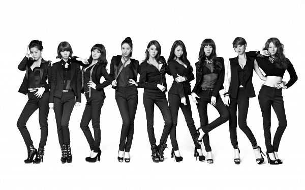 Tags: K-Pop, Nine Muses, Moon Hyuna, Leesem, Park Minha, Ryu Sera, Pyo Hyemi, Son Sungah, Euaerin, Gyeongree, Park Eunji