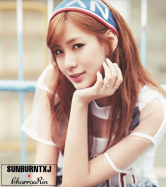 Tags: K-Pop, Apink, Oh Ha-young, Ring, Red Hair