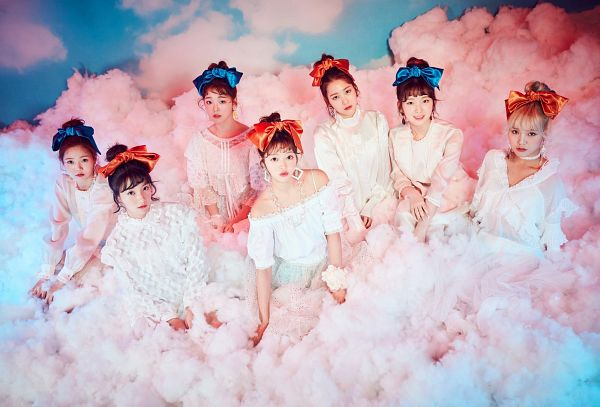 Tags: K-Pop, Oh My Girl, Yooa, Arin, Mimi, Binnie, Choi Hyojung, Kim Jiho, Hyun Seunghee, Hair Up, Blue Bow, Red Lips