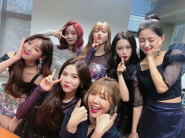 Tags: K-Pop, Oh My Girl, Kim Jiho, Hyun Seunghee, Yooa, Arin, Mimi, Binnie, Choi Hyojung