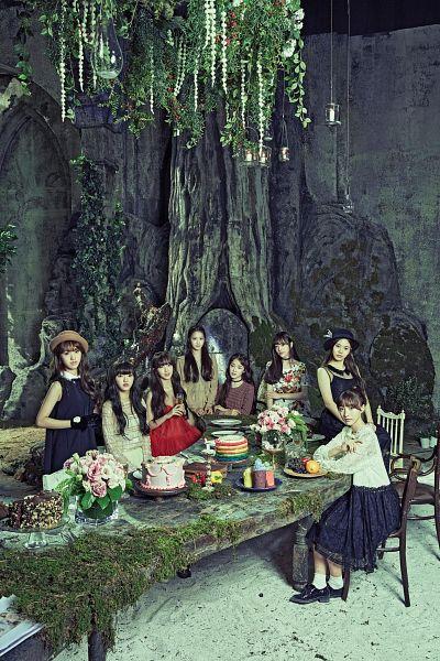 Tags: K-Pop, Oh My Girl, Arin, Mimi, Binnie, JinE, Kim Jiho, Choi Hyojung, Hyun Seunghee, Yooa, Pepper, Table