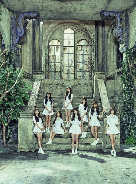 Tags: K-Pop, Oh My Girl, Yooa, Arin, Mimi, Binnie, JinE, Kim Jiho, Choi Hyojung, Hyun Seunghee, Stairs, Full Group