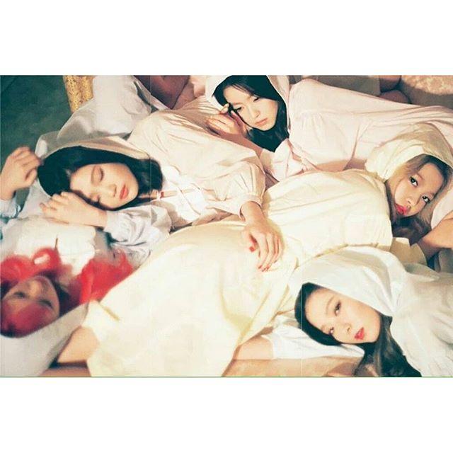 Tags: SM Town, K-Pop, Red Velvet, One Of These Nights, The Velvet