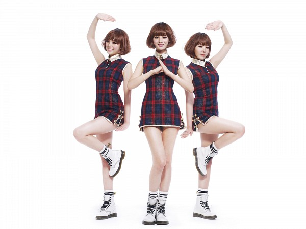 Tags: K-Pop, Orange Caramel, After School, Shanghai Romance, Nana, Lizzy, Raina, Socks, Leg Up, Wig, Wallpaper