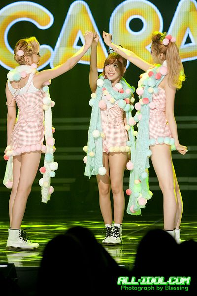 Tags: K-Pop, Orange Caramel, After School, Lipstick (Orange Caramel), Lizzy, Raina, Nana, Trio, Three Girls, Live Performance