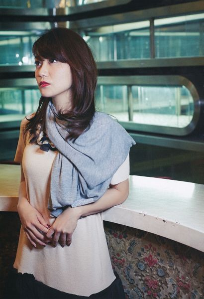 Tags: J-Pop, AKB48, Oshima Yuko, Skirt, Brown Shirt, Red Lips, Gray Neckwear, Nail Polish, Black Skirt, Scarf, Looking Away, Leaning Back