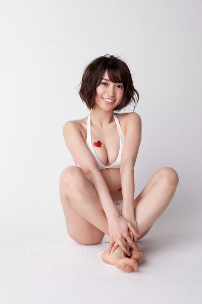 Tags: AKB48, Oshima Yuko, Bikini, Feet, Cleavage, Barefoot, Suggestive, No Background, Heart, Scan, Android/iPhone Wallpaper, Magazine Scan