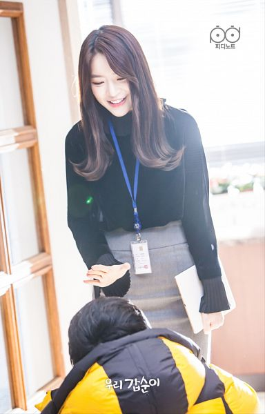 Tags: K-Pop, K-Drama, Dal Shabet, Go Young-min, Ah Young, Standing, Gray Skirt, Skirt, Crouching, Teeth, Duo, Bent Knees