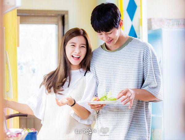 Tags: K-Drama, Kim So-eun, Song Jae-rim, Laughing, Cooking, Striped, Duo, Short Sleeves, Vegetables, Striped Shirt, Salad, Our Gap-soon